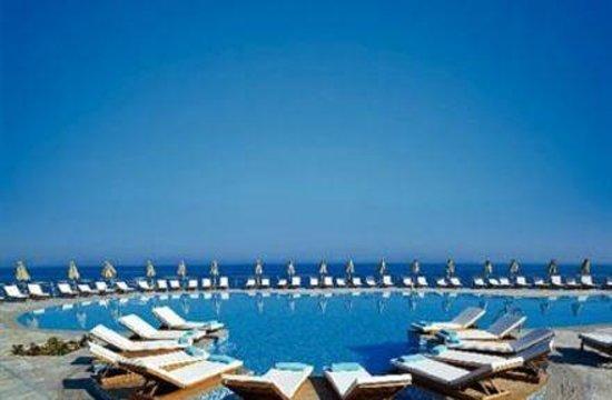 Sensimar Royal Blue Resort & Spa : Royal Blue Resort Main Pool