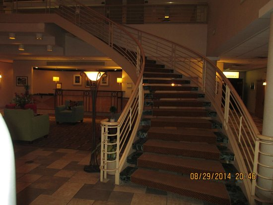The Hotel Ithaca: Staircase in the lobby