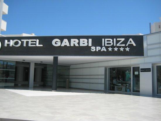 Hotel Garbi Ibiza & Spa: Front of Hotel
