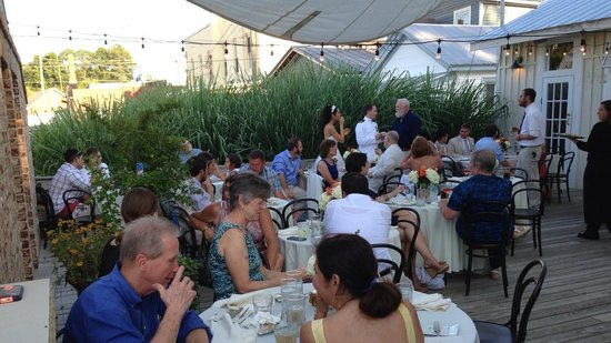 The White Dog Bistro : Wedding reception in the outdoor courtyard 2014
