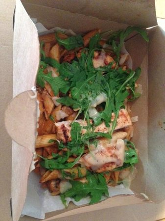 The Circle Eatery : Char-Grilled Chicken Penne