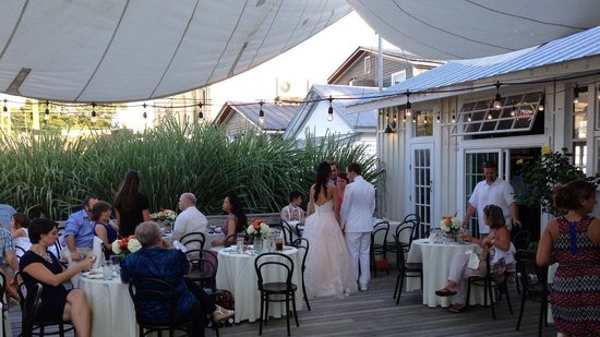 The White Dog Bistro : Wedding Courtney and Rob's reception in the outdoor courtyard 2014