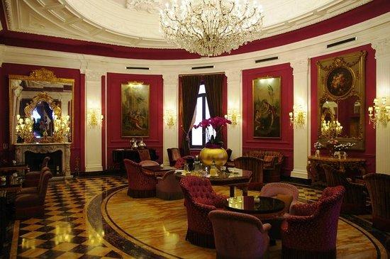 Baglioni Hotel Regina: Lobby/Tea Room