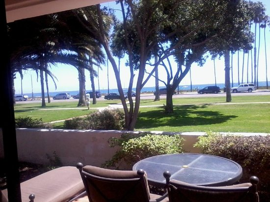 The Fess Parker - A Doubletree by Hilton Resort : Our room view