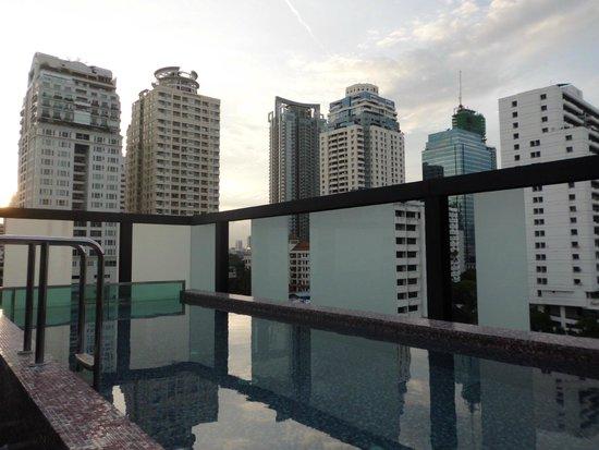 Aspira Hiptique : Swimming pool