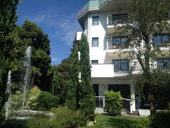 Parc Hotel Flora: Hotel von außen