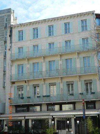 Kyriad Avignon - Palais Des Papes : Building block of the Hotel