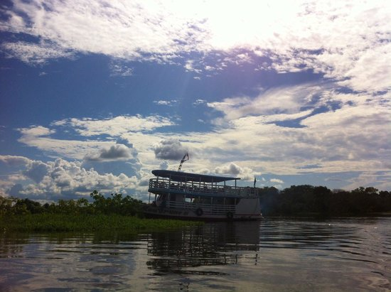 Amazon Backpackers: The Regional boat on which we slept in hammocks