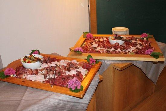 Park Hotel Azalea: cena trentina