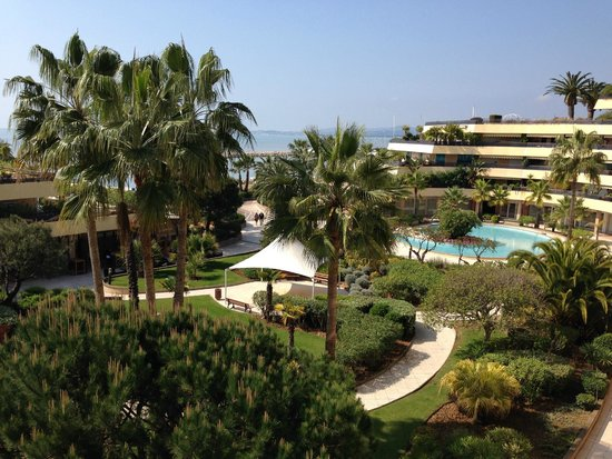 Holiday Inn Nice - Saint Laurent Du Var: Our view from our room