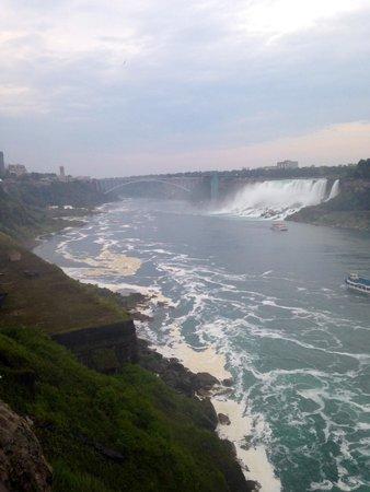 Niagara Falls Marriott on the Falls : Falls