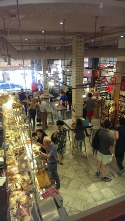 Foods of New York Tours: Inside Murray's cheese shop