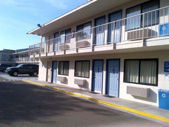 Motel 6 San Ysidro- San Diego- Border: Vista Exterior