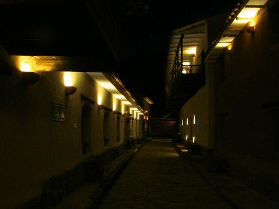 Sonesta Posadas del Inca Yucay : Evening walk through the gardens.