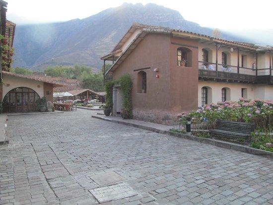 Sonesta Posadas del Inca Yucay : View to the Little Mercado on Property.