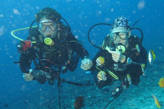 Bunaken Kuskus Resort: Happy Divers
