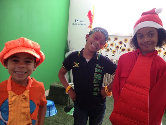Postcard Experience: The kids dressing up for their video