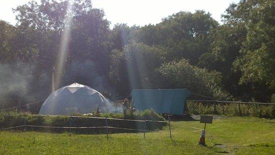 Preseli Venture Eco Lodge: Sunny arrival