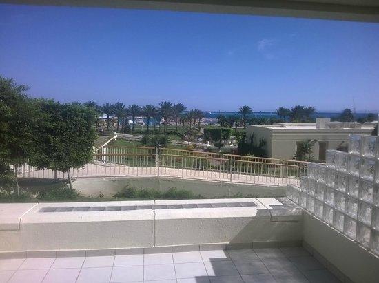 Hilton Hurghada Plaza : vista dal balcone della camera (tutte le camere ce l'hanno)