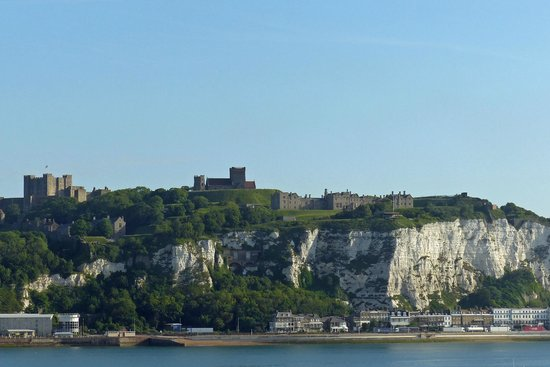White Cliffs of Dover: Town of Dover