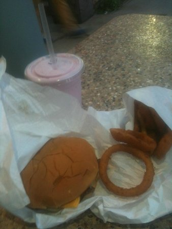 Kopp's Frozen Custard Stand: Kopps Cheeseburger, onion rings, and raspberry shake
