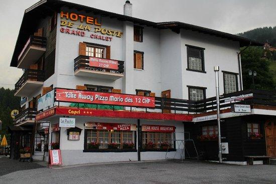 Hotel de la Poste: Hotel Exterior