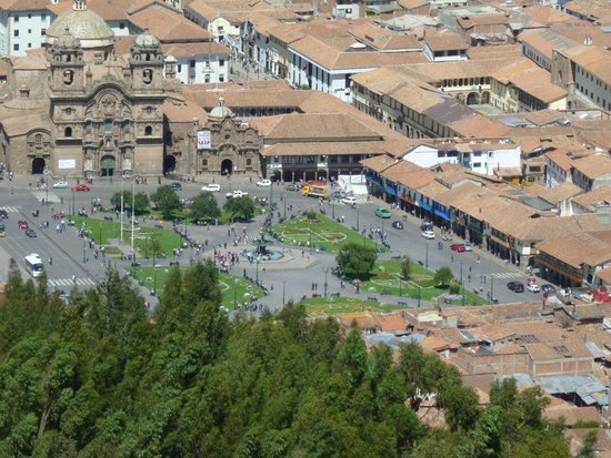 Sacsayhuamán: View of Cusco square from the top