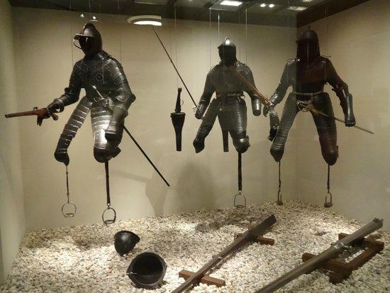 Deutsches Historisches Museum: antiche corazze