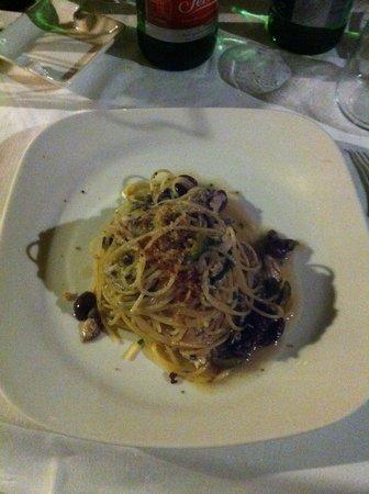 Da Tonino : Spaghetti con la ricciola