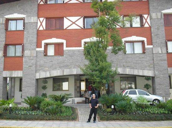 Prodigy Hotel Alpenhaus Gramado: Fachada