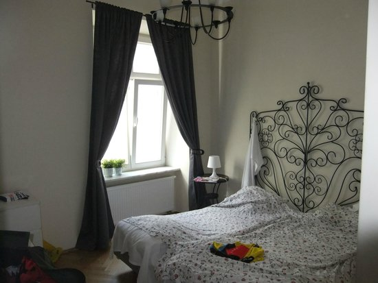 Sodispar Serviced Apartments: One of the double bedrooms