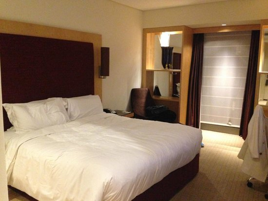 Sofitel Sydney Wentworth : room a bit small