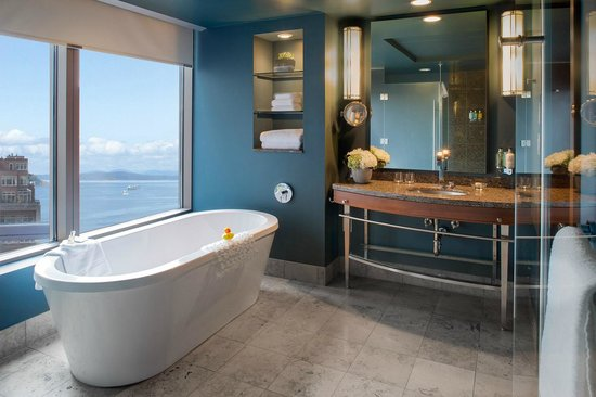 Hotel 1000: Waterview Bathroom