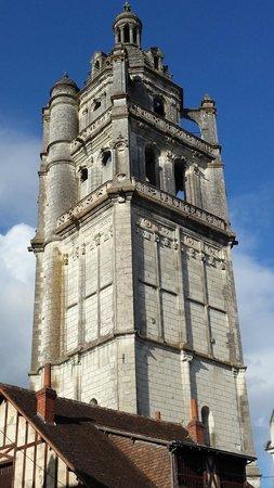 Domaine de la Maison Neuve: Old church in Loches