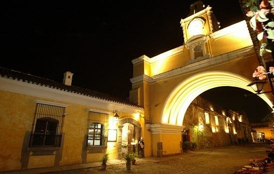Hotel Convento Santa Catalina: Best location in Antigua, at the Arch