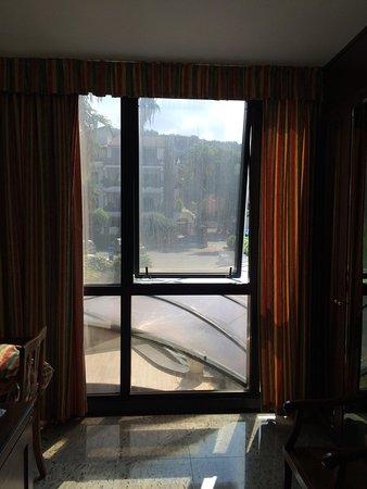 Hotel Residence Arcobaleno: vitres sales