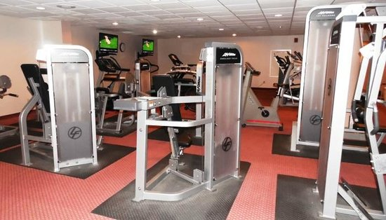 Country Club Hotel & Spa: Fitness Room