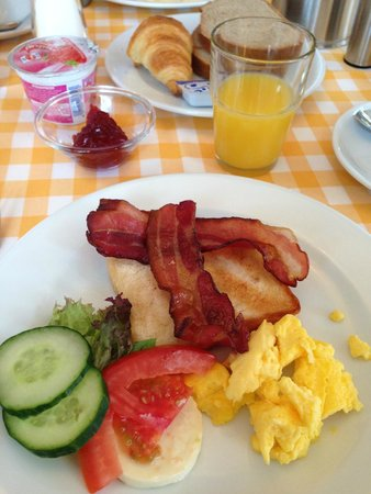 Hotel Beausite: Daily breakfast