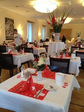 Hotel Beausite: Breakfast room