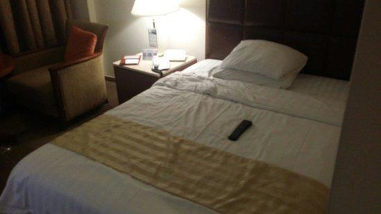 Hotel Samjung : Bed