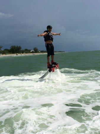 YOLO Watersports : Flying on a flyboard!!