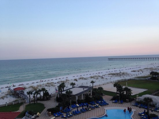 Hilton Pensacola Beach: View from room on 6th floor