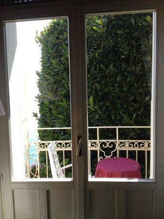 Grand Hotel Gardone: chambre avec vue sur le lac