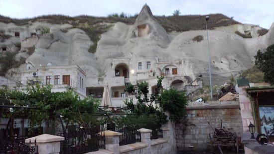 Spelunca Cave Suites: 5am June 5th