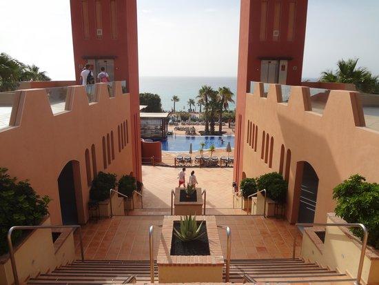 H10 Tindaya Hotel: Accesso alla zona piscine