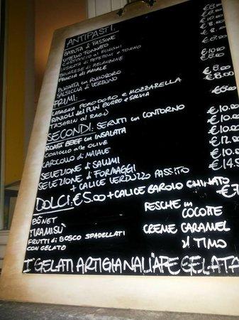 La Morra, Italie : menù