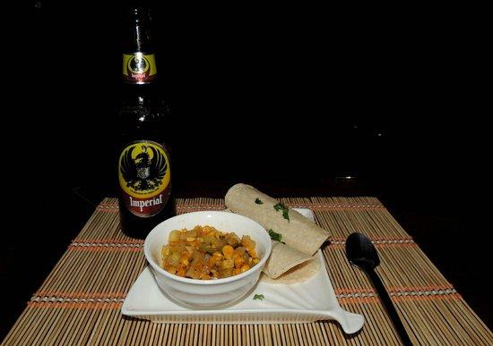 Entre Bocas Fusion Bites: beer and boca