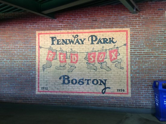 Fenway Park : Wall