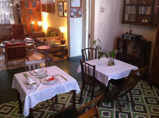 Stella Bed & Breakfast: Breakfast and Living/Reception room.