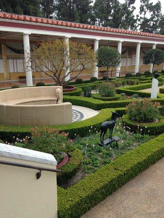 Getty Center : Gardens at the Villa
